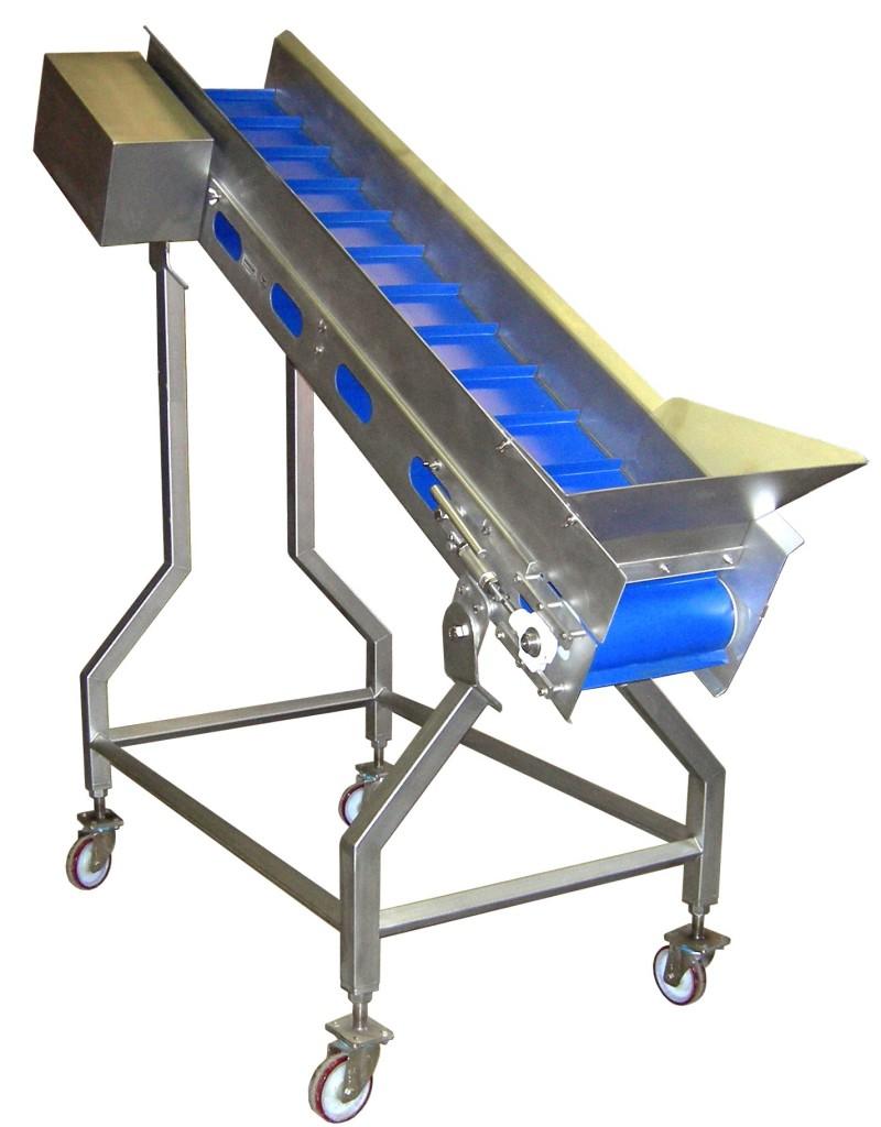 Fabric belt conveyor